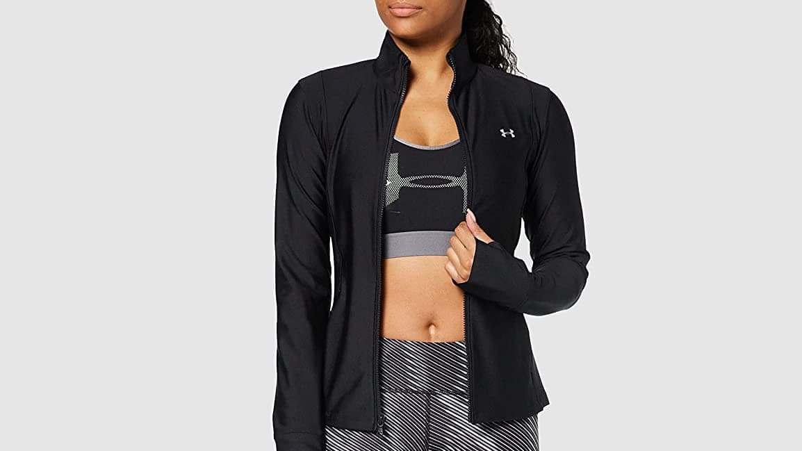 Best Running Jackets 2021 [Men and Women]- Reviews and Comparisons