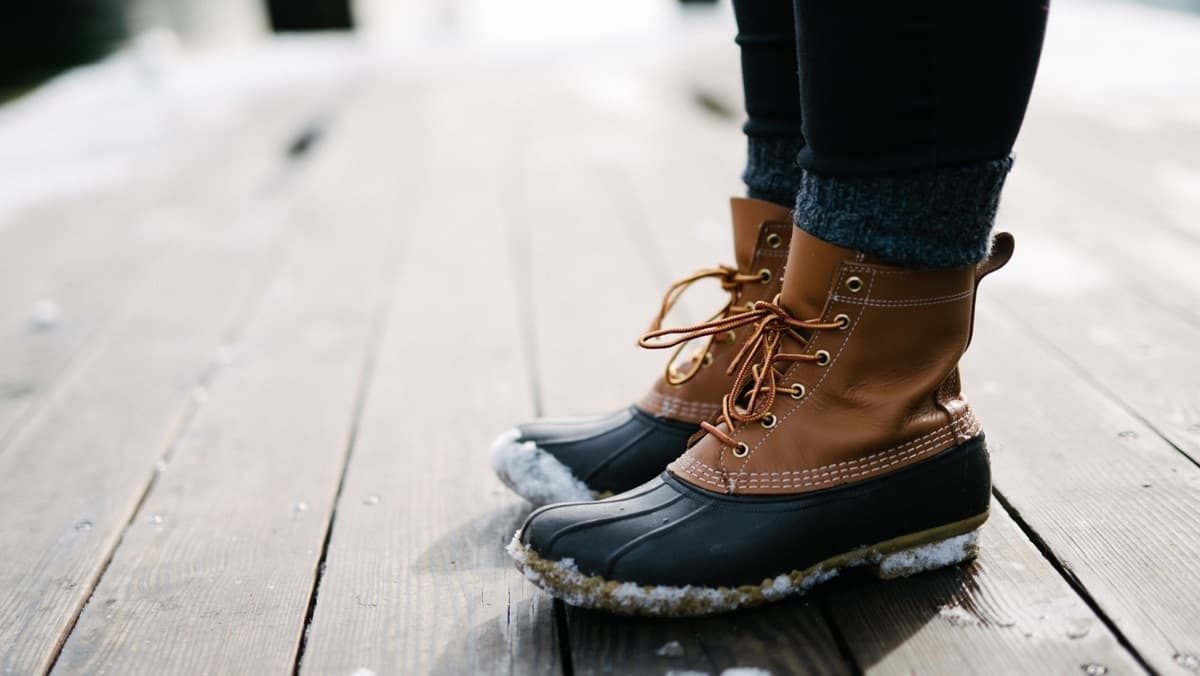 The 10 Best Snow Boots For Women – Winter 2021 Suggestions!